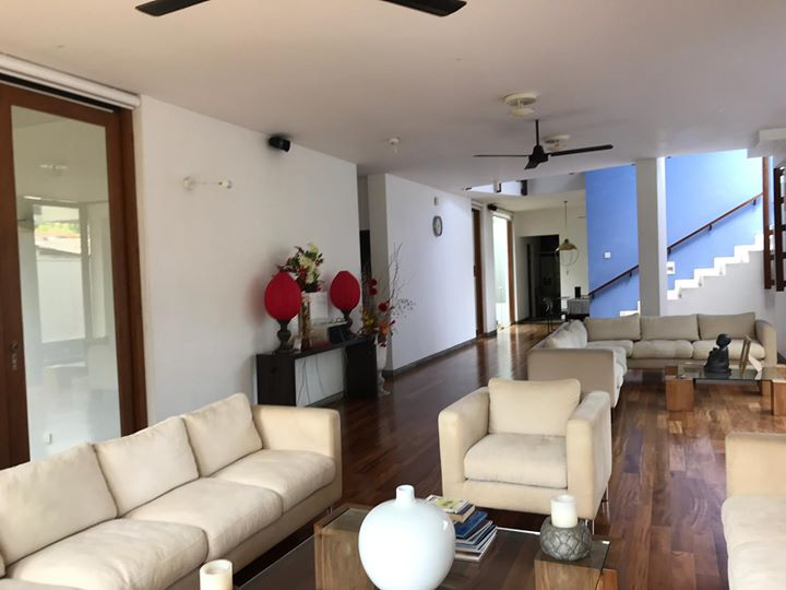 luxury house with swimming pool for sale in kohuwala