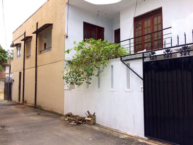2 storied house for sale in dematagoda