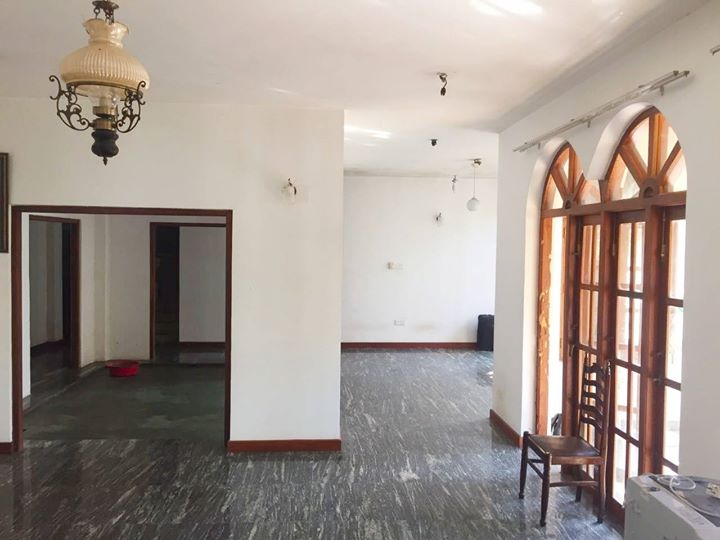 house for sale in walpola road, angoda
