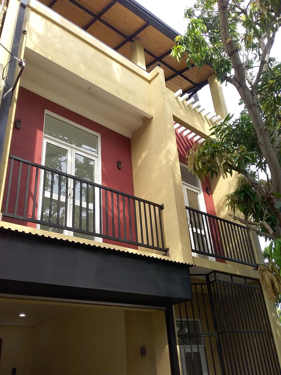 3 Story Brand New House at Dehiwala for Sale