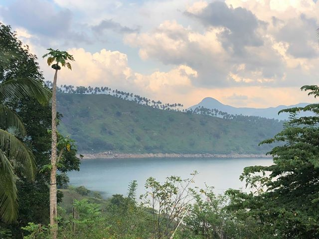 1000p Water Front Land For Sale In Kandy