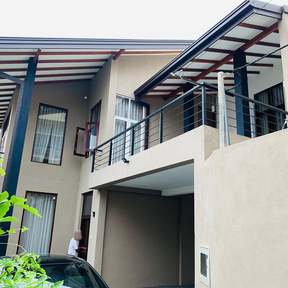 2 Story Luxury House for Sale in Pita Kotte