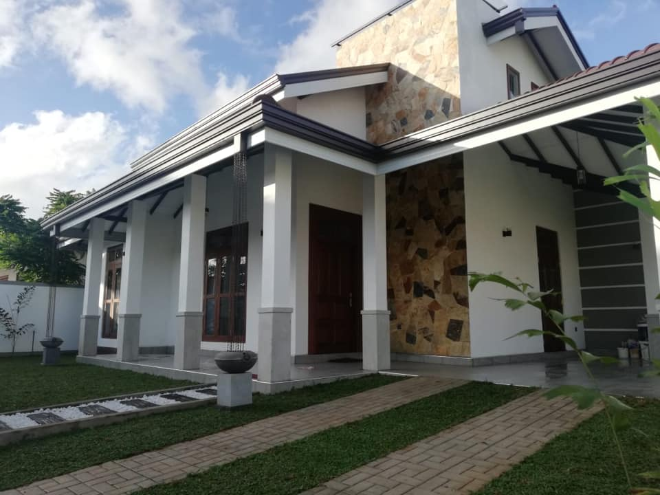 Brand new luxury house for sale in Negombo, Gampaha