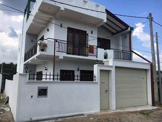 ATHURUGIRIYA 5 BED HOUSE FOR SALE