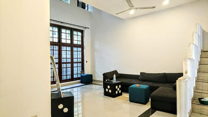 HOUSE FOR SALE IN COLOMBO 5 AT A DISCOUNTED VALUE