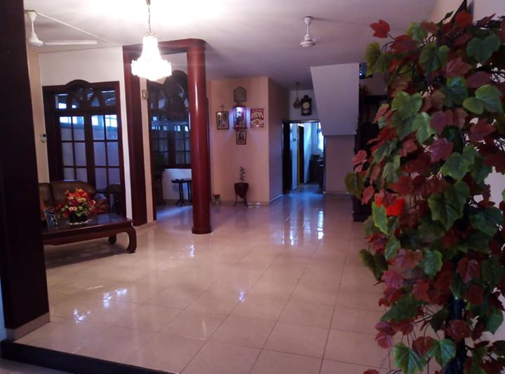 Two storied house for rent in Colombo 03