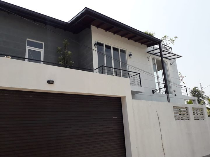 Modern Brand new House for sale!