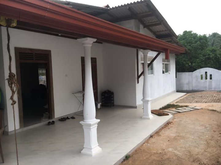 Single Storied house @Kahathuduwa