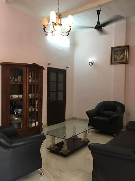 House for Rent in Col 10