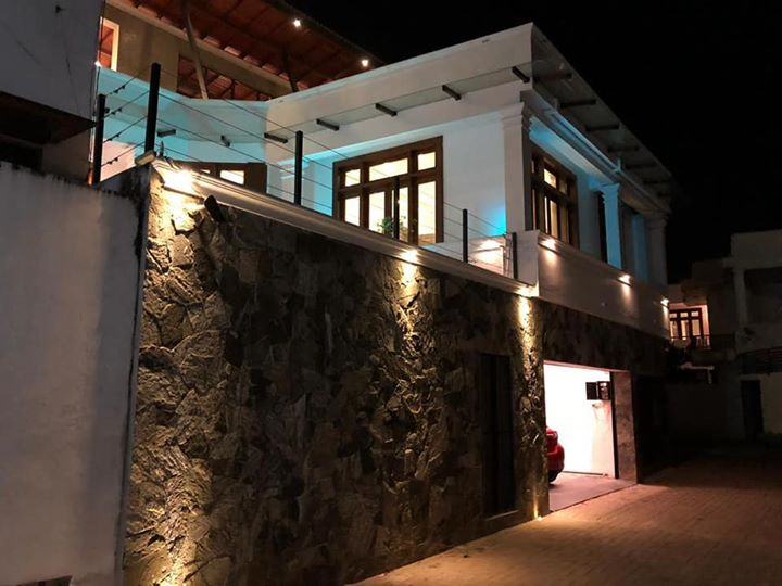 Super luxury house for sale at Dehiwala kawdanaSuper luxury house for sale at Dehiwala kawdana