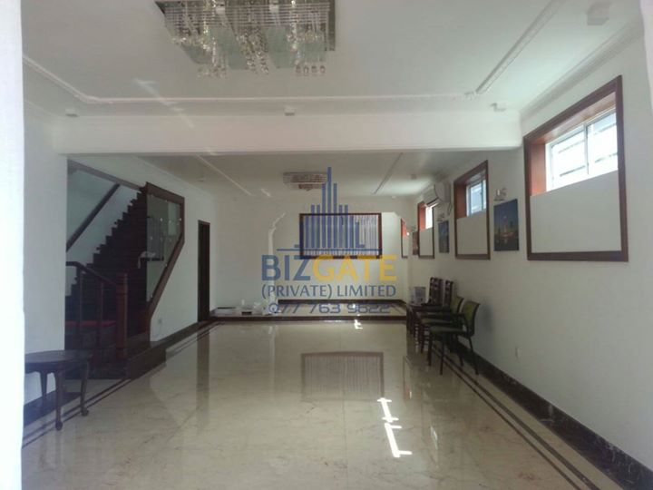 New Luxury House For Sale in Colombo 03