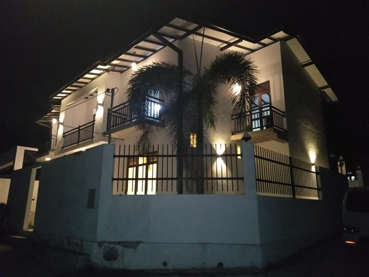 Architect designed brand new luxury house for sale in Kottawa