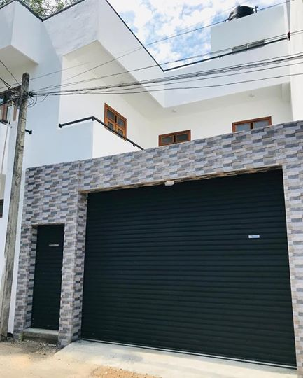 BRAND NEW TWO STOREY TWO UNIT HOUSE FOR SALE IN DEHIWELA