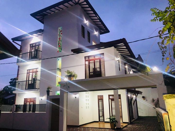 Strongly design specious 3 storied Brand new luxury house for immediate sale in Kottawa….