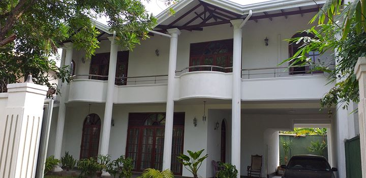 LUXURY TWO STORIED HOUSE FOR SALE IN RATMALANA