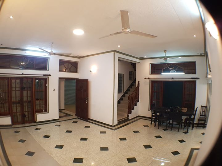Unfurnished House for Rent in Colombo 6