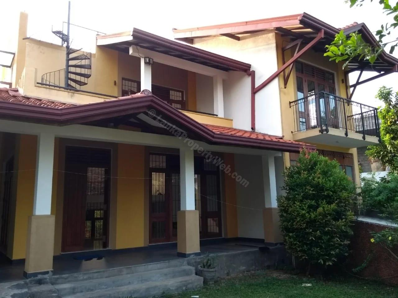 4 B/R Luxury House for rent in Pita Kotte