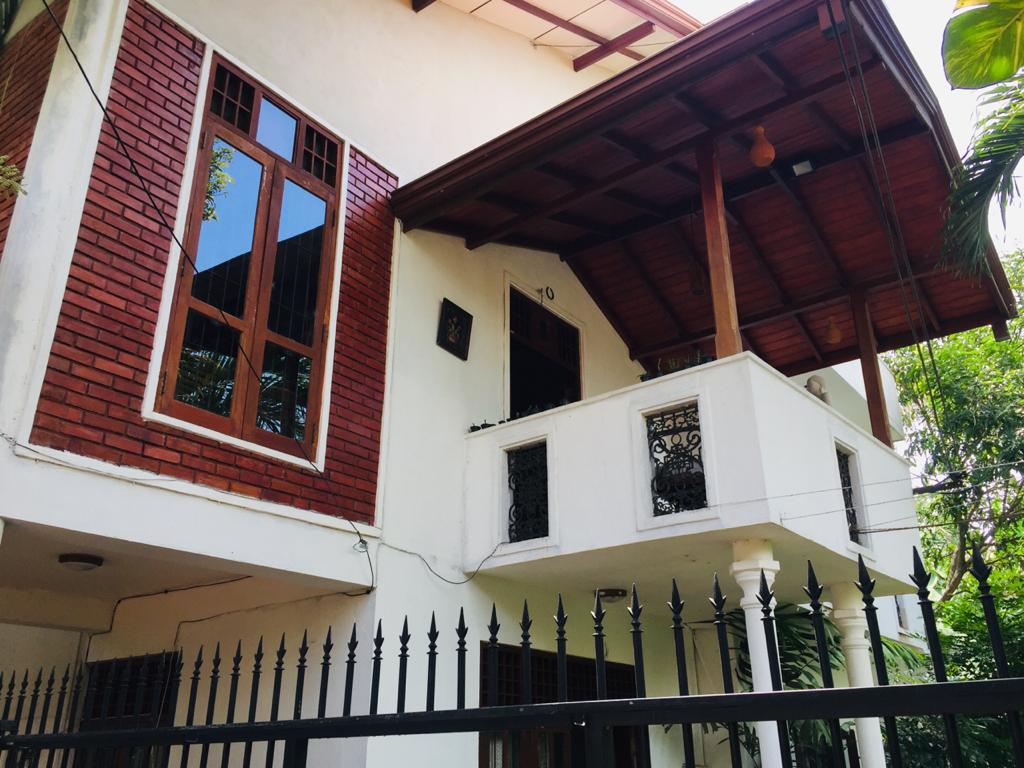 3 story luxury house sale at wijerama